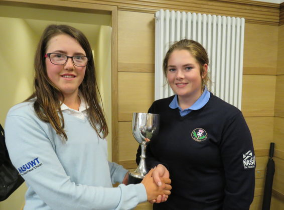 2017 Scottish Girls' Captain Presenting Trophy to English Girls' Captain